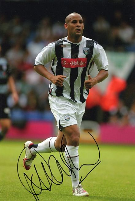 Nigel Quashie, West Brom & Scotland, signed 12x8 inch photo.